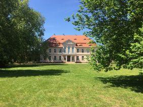 Herrenhaus im Lennépark Criewen